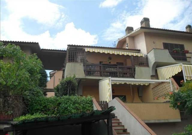 Casa Indipendente in buone condizioni in vendita Rif. 6738926