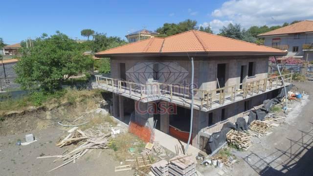 Villa in Vendita a Mascalucia Periferia: 5 locali, 170 mq