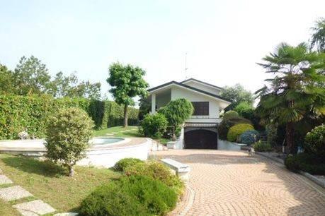 Villa in vendita a San Francesco al Campo, 5 locali, prezzo € 238.000 | CambioCasa.it
