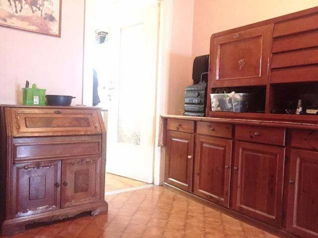 Appartamento in buone condizioni in vendita Rif. 7112117