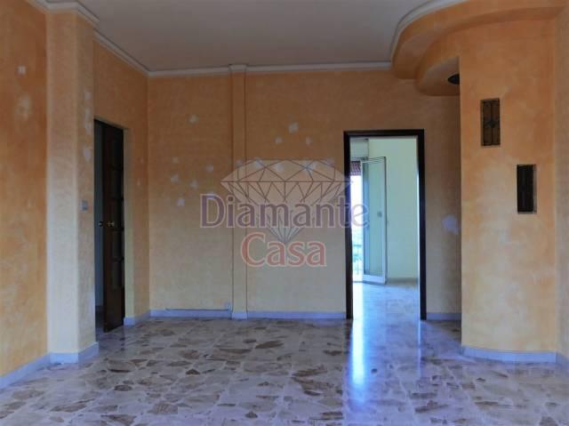 Appartamento in Affitto a Catania Periferia:  3 locali, 90 mq  - Foto 1