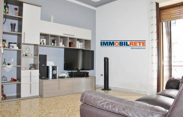 Appartamento in buone condizioni in vendita Rif. 6739732