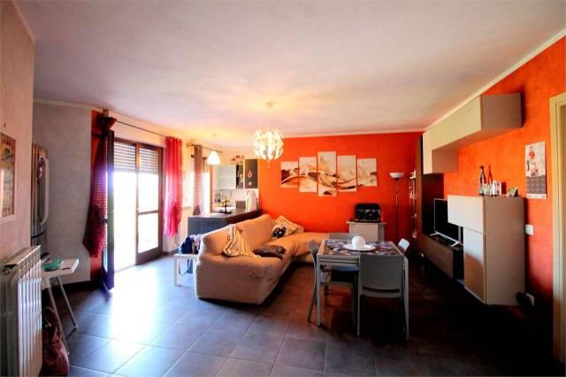 Appartamento in ottime condizioni in vendita Rif. 6756181