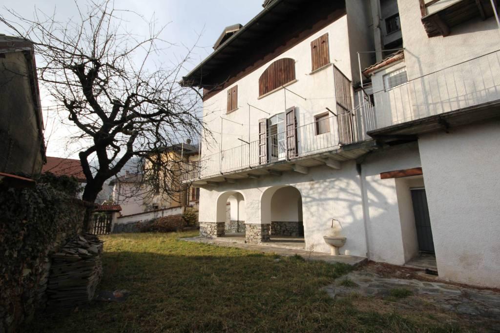 Casa Indipendente in buone condizioni parzialmente arredato in vendita Rif. 8524157