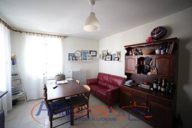 Appartamento in buone condizioni arredato in affitto Rif. 6760624