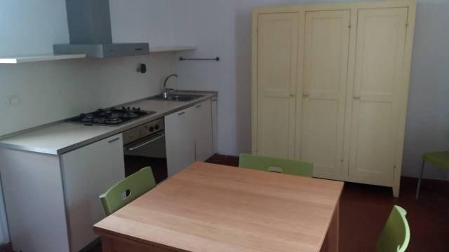 Appartamento in ottime condizioni arredato in affitto Rif. 6757312