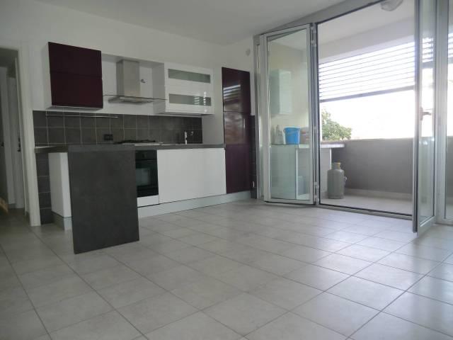 Appartamento in buone condizioni in vendita Rif. 6760216