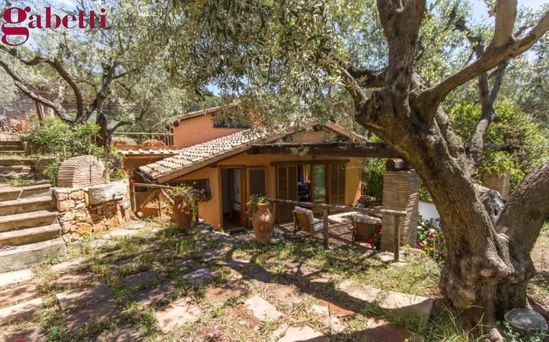 Villa in ottime condizioni in vendita Rif. 8647105