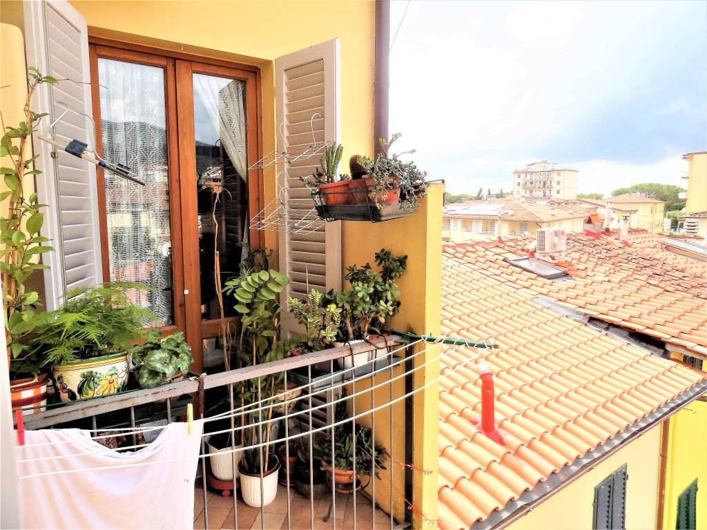 Bilocale con balcone