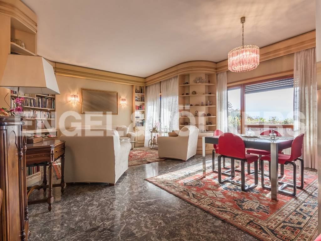 Appartamento in Vendita a Roma 30 Portuense / Magliana: 5 locali, 140 mq