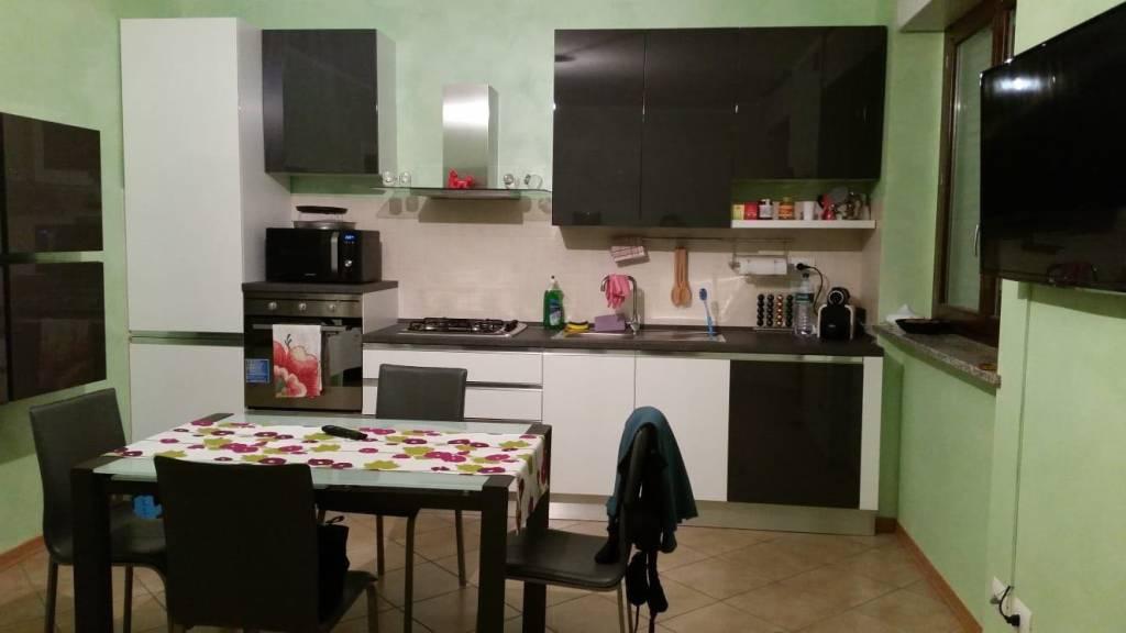 Appartamento in ottime condizioni in affitto Rif. 6756100