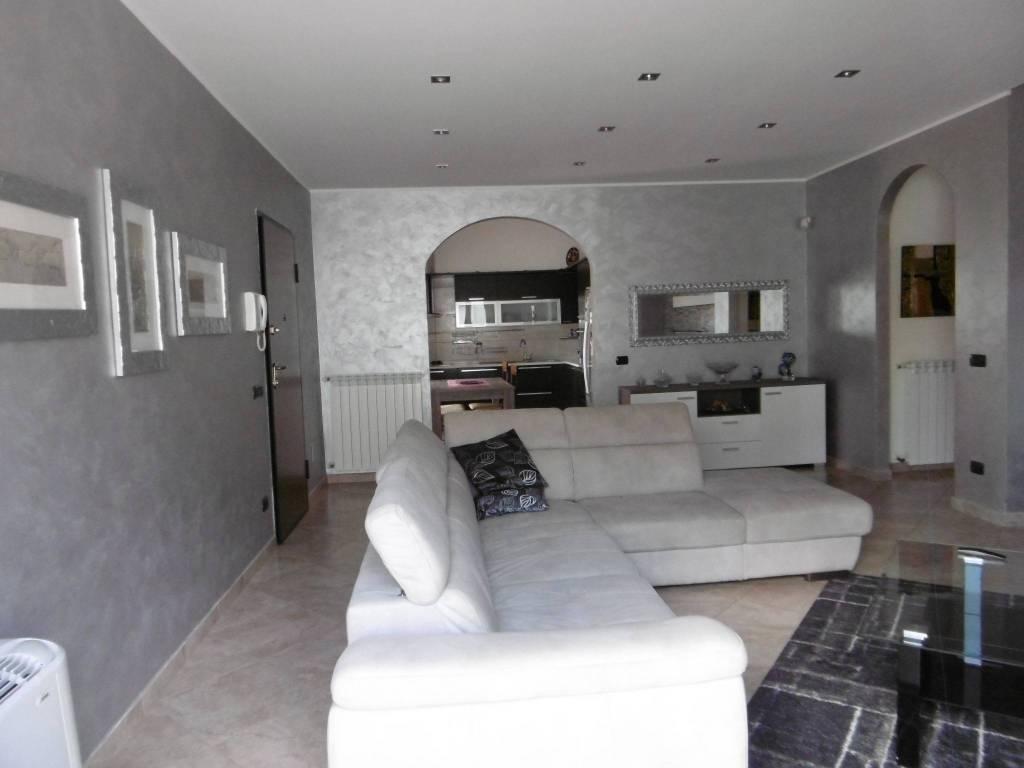 Casa Indipendente in ottime condizioni in vendita Rif. 8066228
