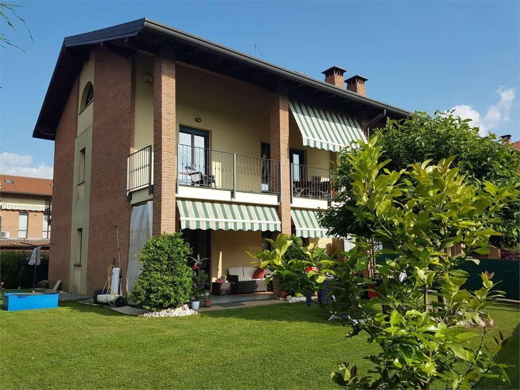 Appartamento in ottime condizioni in vendita Rif. 6258696