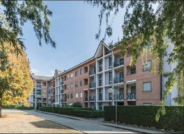 Appartamento in buone condizioni in vendita Rif. 6776891