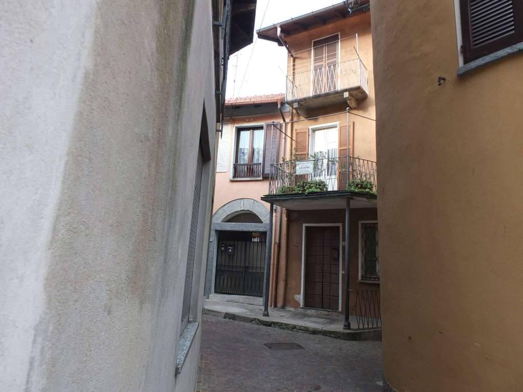 Soluzione Indipendente in vendita a Maccagno con Pino e Veddasca, 4 locali, prezzo € 55.000 | CambioCasa.it