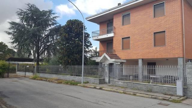 Villa in buone condizioni in vendita Rif. 6774964