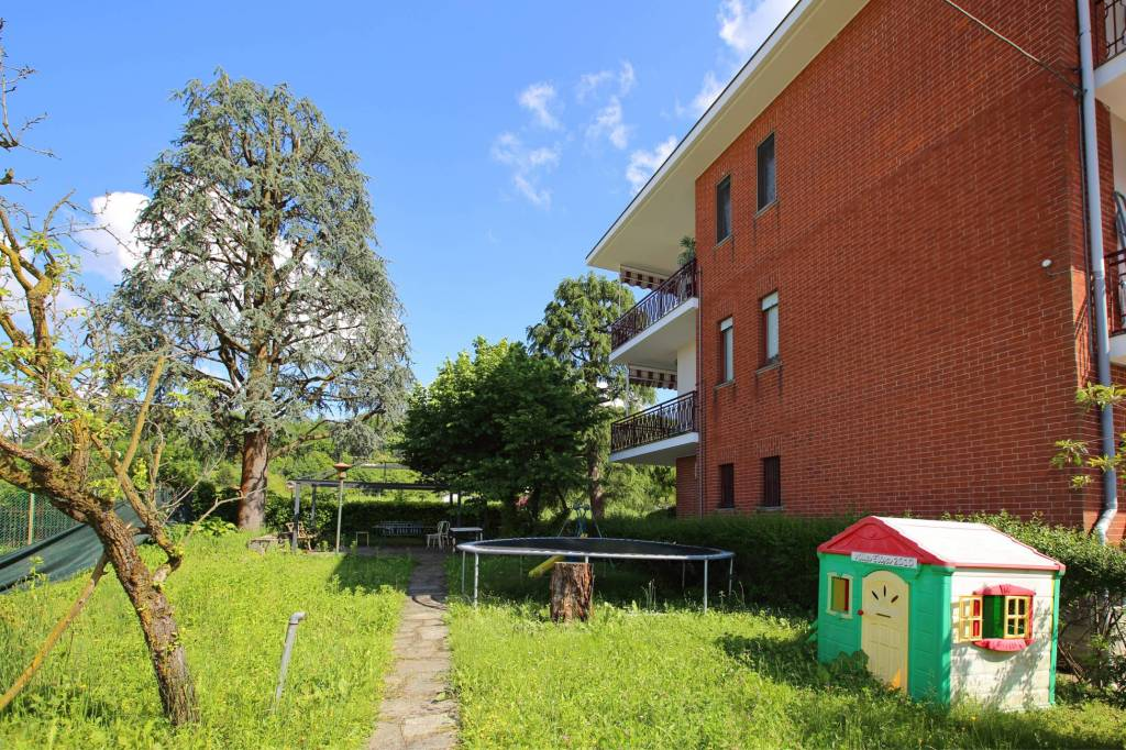 Appartamento in buone condizioni in vendita Rif. 7794517
