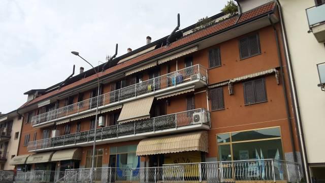 Appartamento in buone condizioni arredato in vendita Rif. 6806438