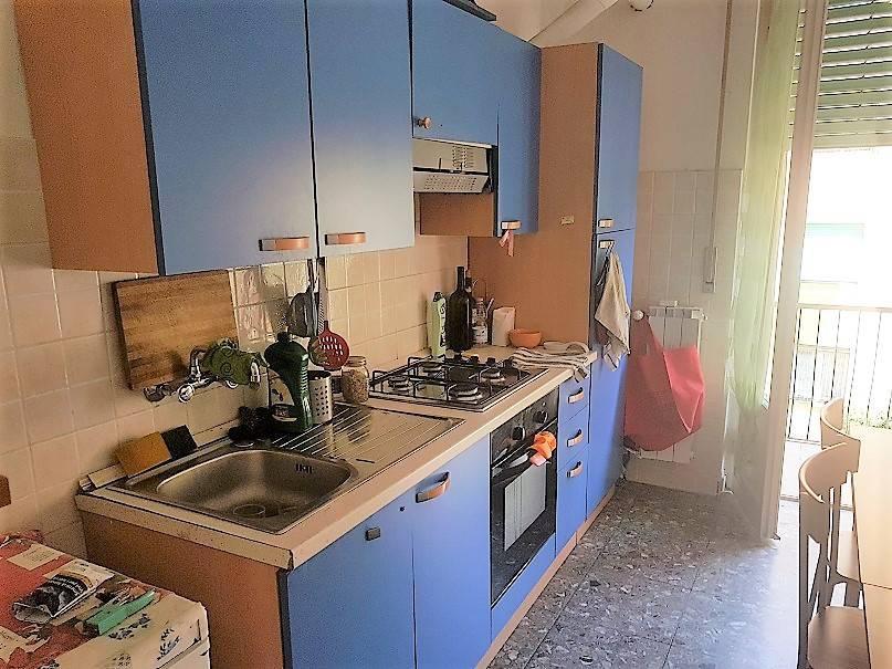 Appartamento in buone condizioni arredato in affitto Rif. 6786050