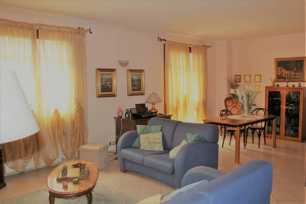 Villa in Vendita a Senago