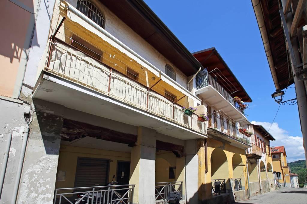 Foto 1 di Villa via Giovanni Dovis, Gassino Torinese