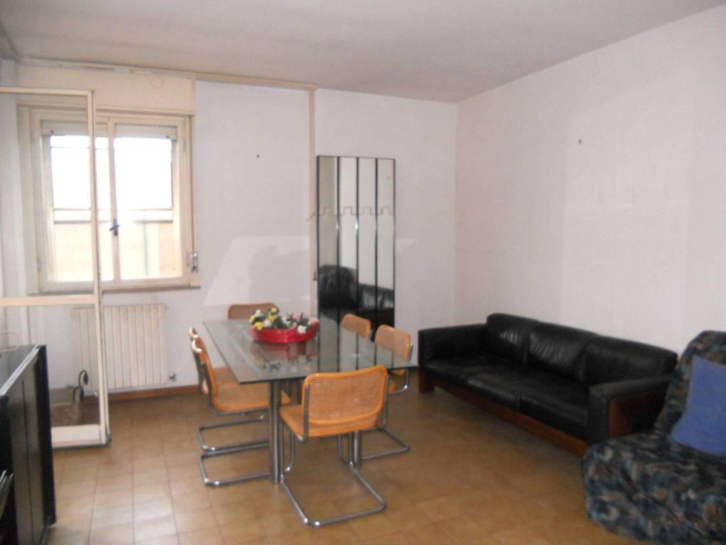 Appartamento in vendita a Foligno, 5 locali, prezzo € 85.000   PortaleAgenzieImmobiliari.it