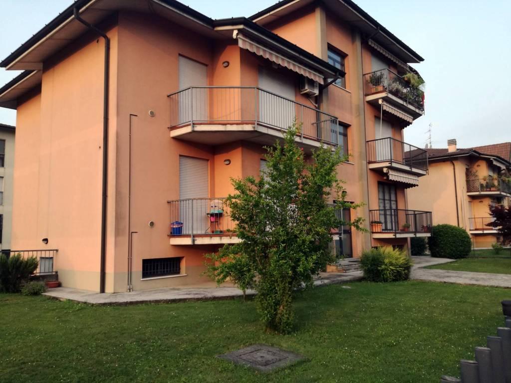 Appartamento in ottime condizioni in vendita Rif. 6785897