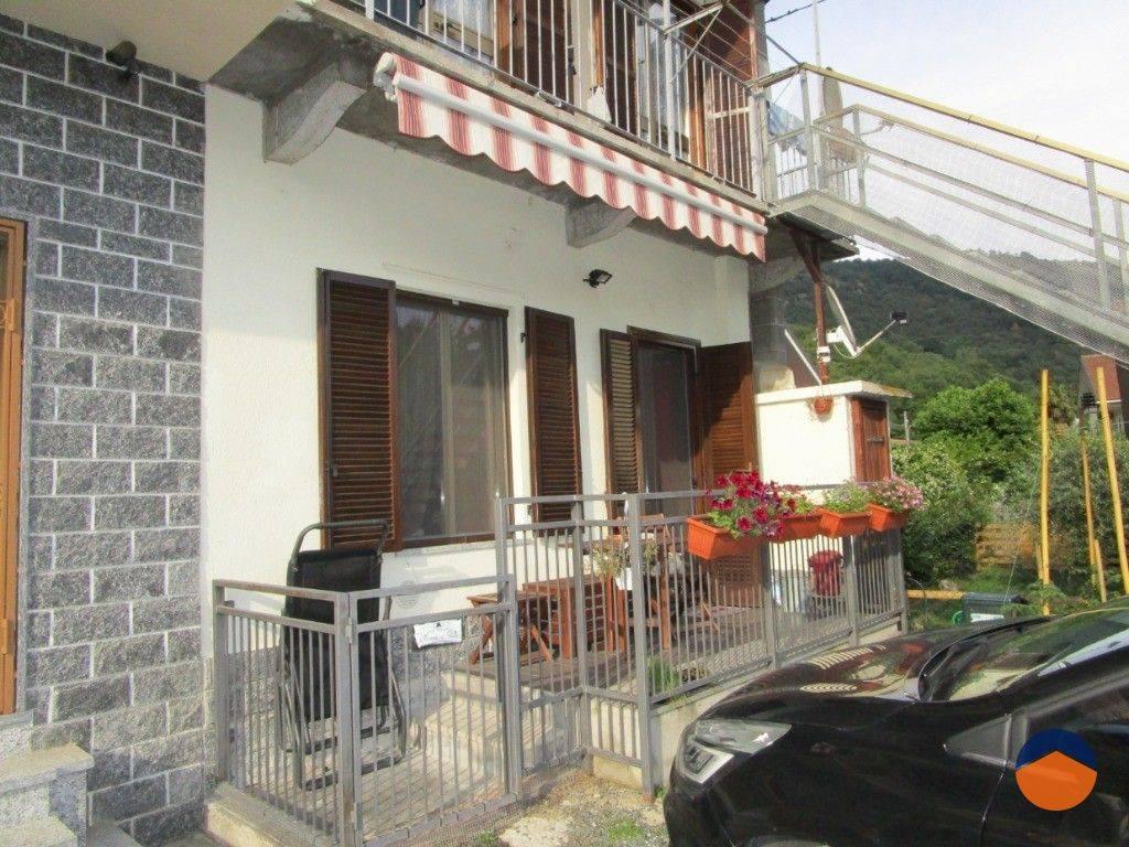 Appartamento in ottime condizioni in vendita Rif. 9179829
