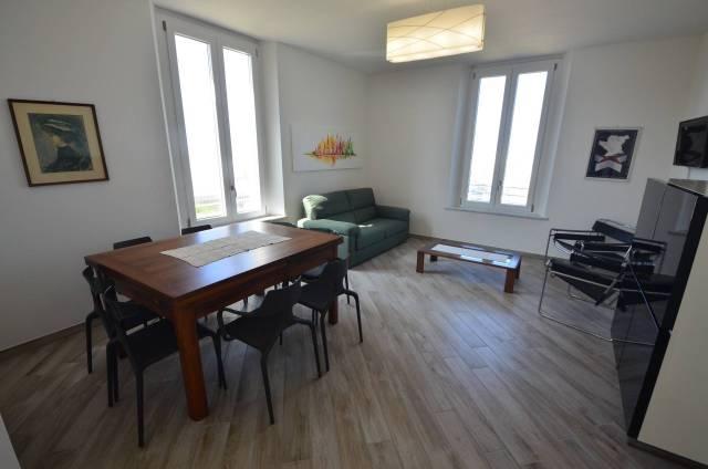 Appartamento in ottime condizioni arredato in affitto Rif. 6813972