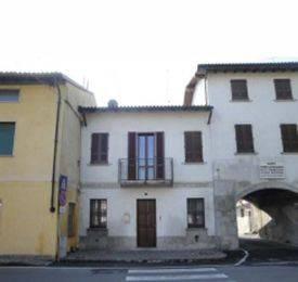 Appartamento in buone condizioni in vendita Rif. 6815202