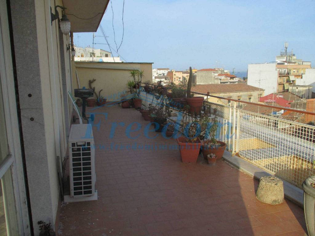 Attico in Vendita a Catania Centro: 4 locali, 140 mq