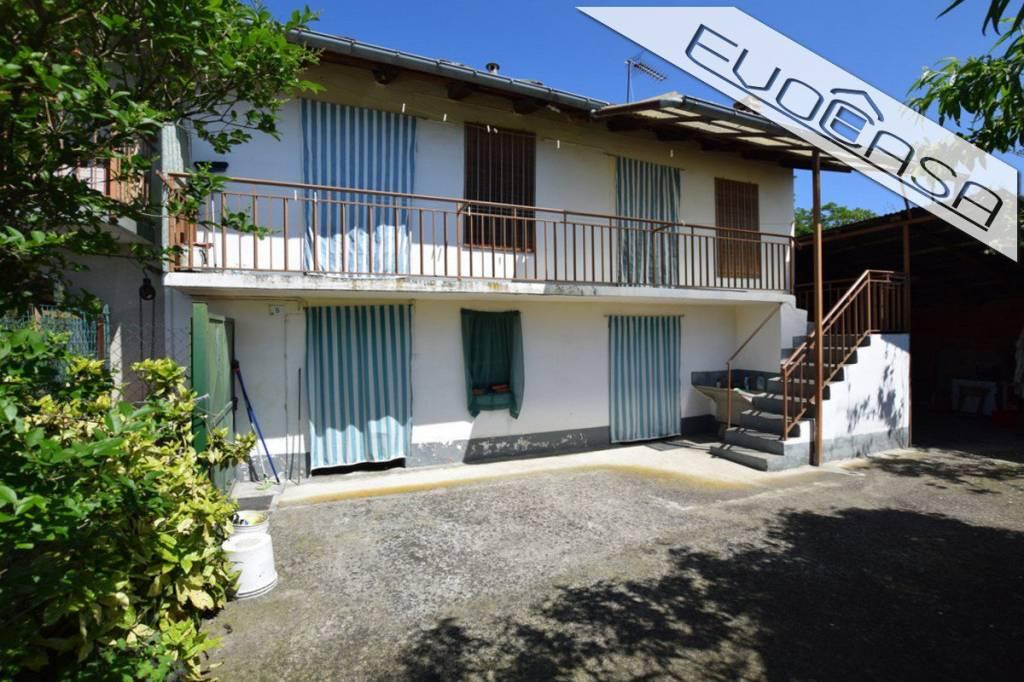 Rustico / Casale in buone condizioni in vendita Rif. 6811377