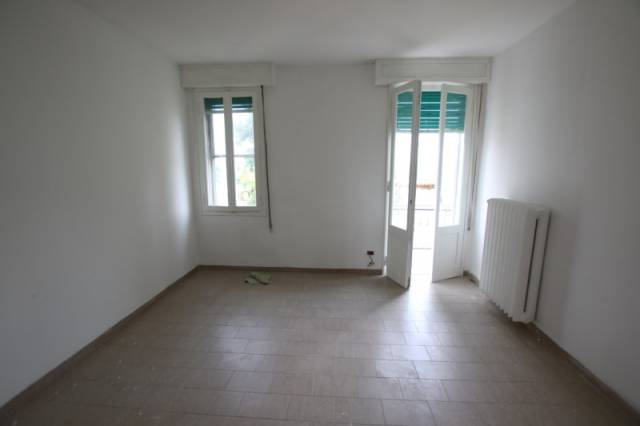 Appartamento in ottime condizioni in affitto Rif. 6806046