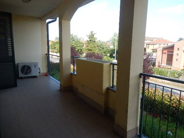 Appartamento in ottime condizioni in affitto Rif. 6644337