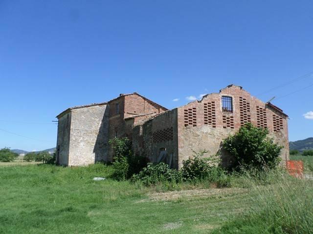 Rustico in Vendita a Castiglione Del Lago:  5 locali, 350 mq  - Foto 1