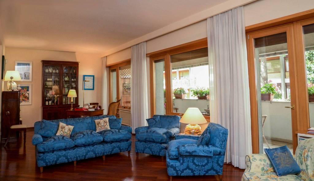 Appartamento in vendita a Roma, 6 locali, zona Zona: 29 . Balduina, Montemario, Sant'Onofrio, Trionfale, Camilluccia, Cortina d'Ampezzo, prezzo € 790.000 | CambioCasa.it
