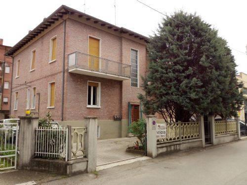 Appartamento da ristrutturare in vendita Rif. 6809519