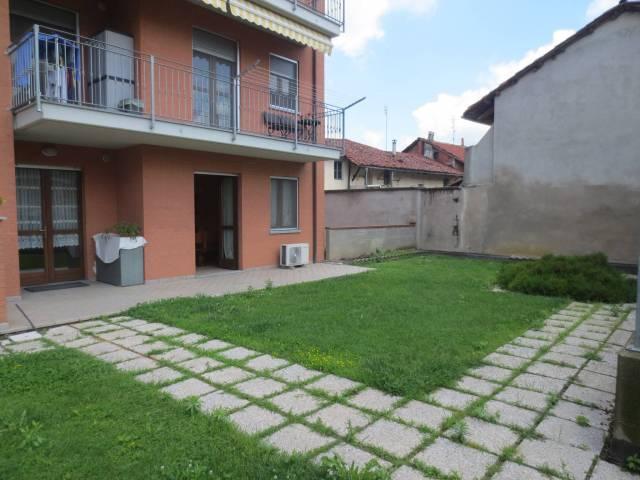 Appartamento in ottime condizioni arredato in vendita Rif. 6816765