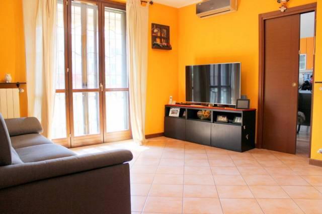 Appartamento in ottime condizioni in vendita Rif. 6813798