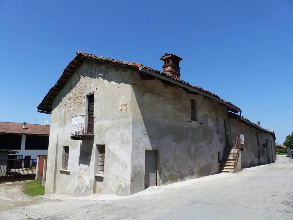 Foto 1 di Casa indipendente Frazione Mottura 70, Villafranca Piemonte