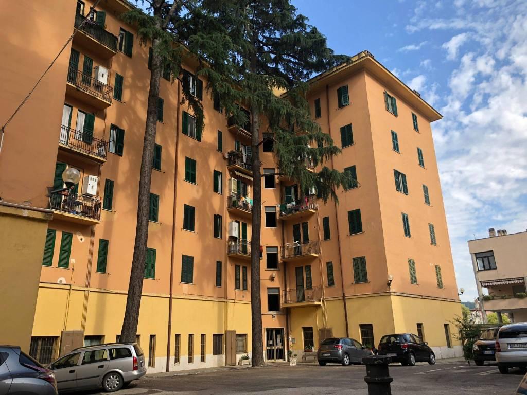 Appartamento in ottime condizioni in vendita Rif. 9259592