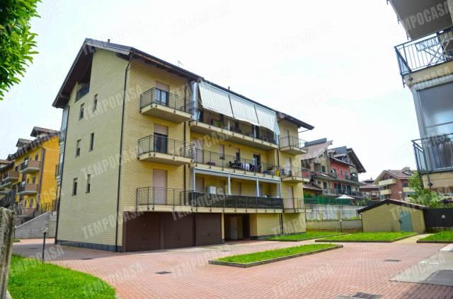 Appartamento in ottime condizioni in vendita Rif. 6827025