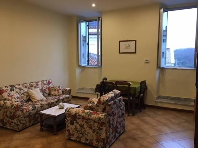 Appartamento in buone condizioni arredato in affitto Rif. 6824942