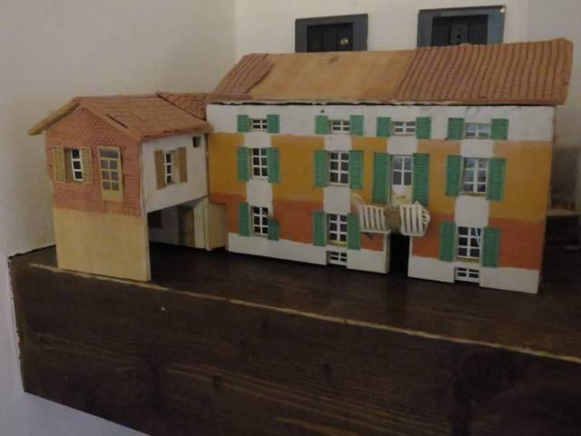 Villa in vendita a Bruno, 6 locali, prezzo € 690.000 | CambioCasa.it