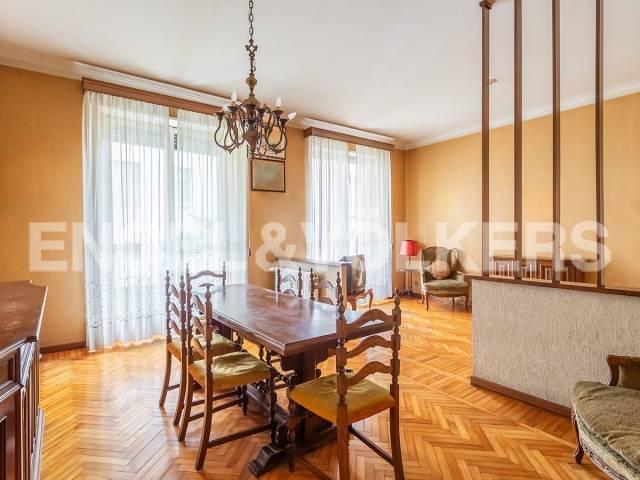 Appartamento in Vendita a Roma 02 Parioli / Pinciano / Flaminio: 5 locali, 183 mq