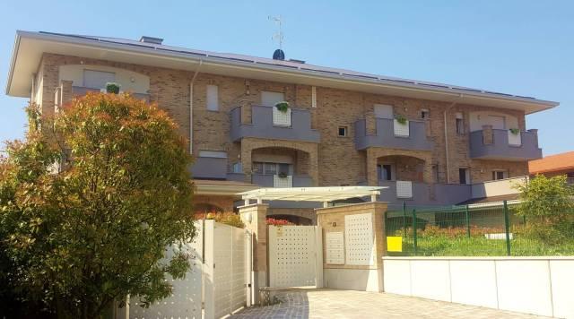 Appartamento in vendita Rif. 6828236