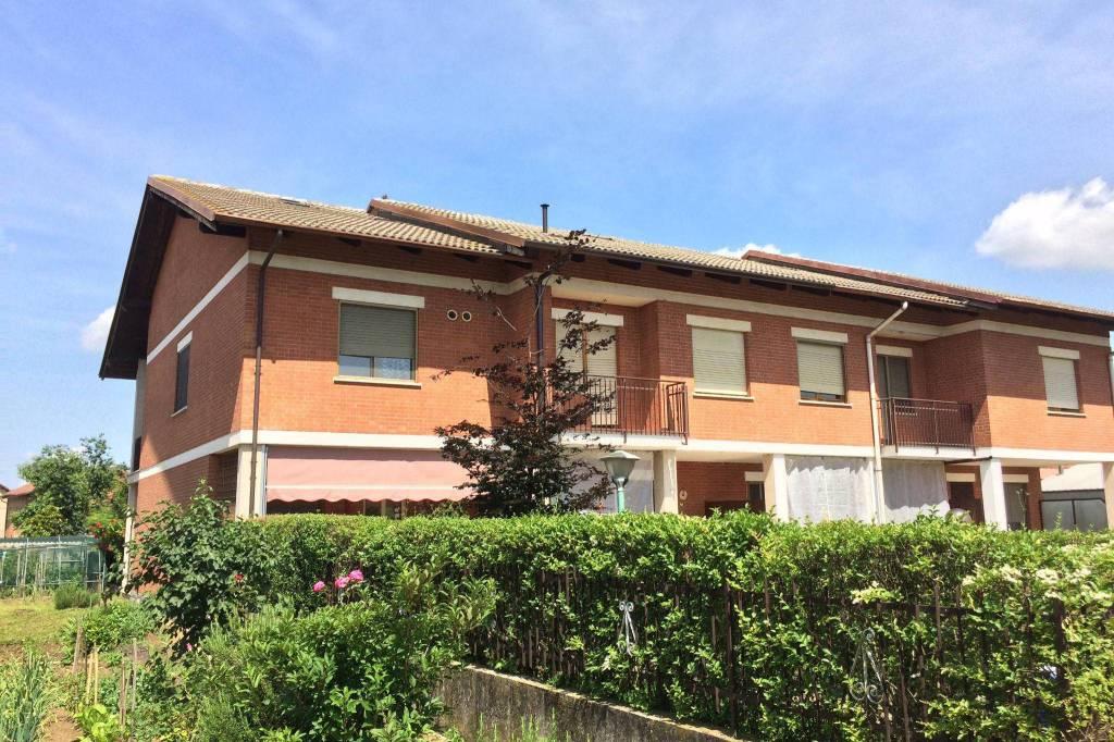 Foto 1 di Villa a Schiera via Gardezzana 10, Riva Presso Chieri