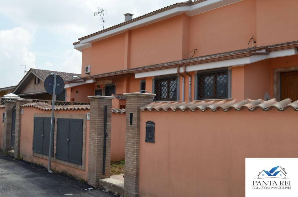 Villetta a schiera in vendita Rif. 8913722