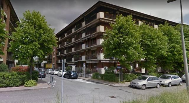 Appartamento in buone condizioni in affitto Rif. 6826731