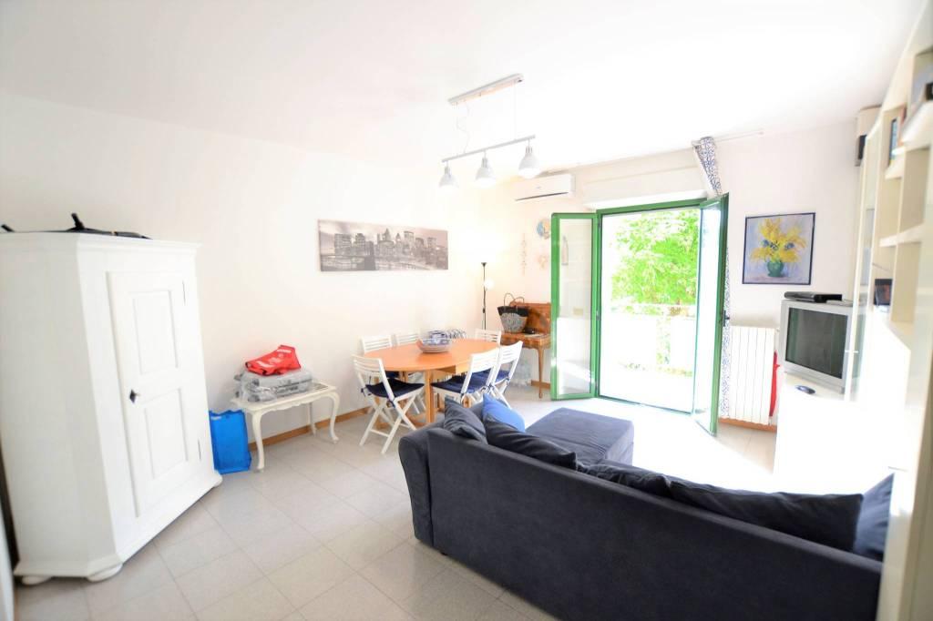Appartamento in Vendita a Riccione Centro: 3 locali, 80 mq